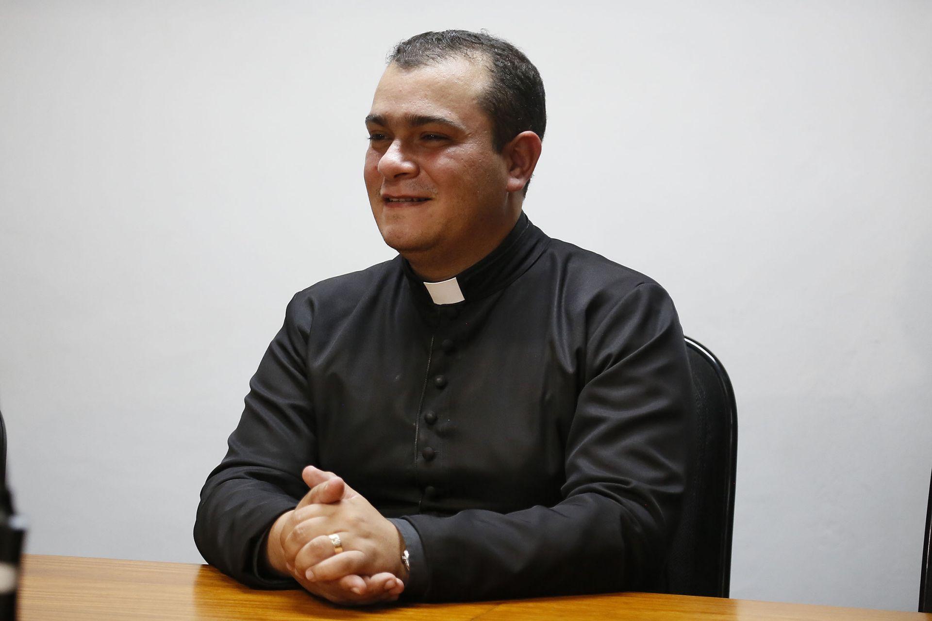 Revmo.  Padre Marcos Sulivan Vieira - Diretor do Colégio Diocesano Paulo VI