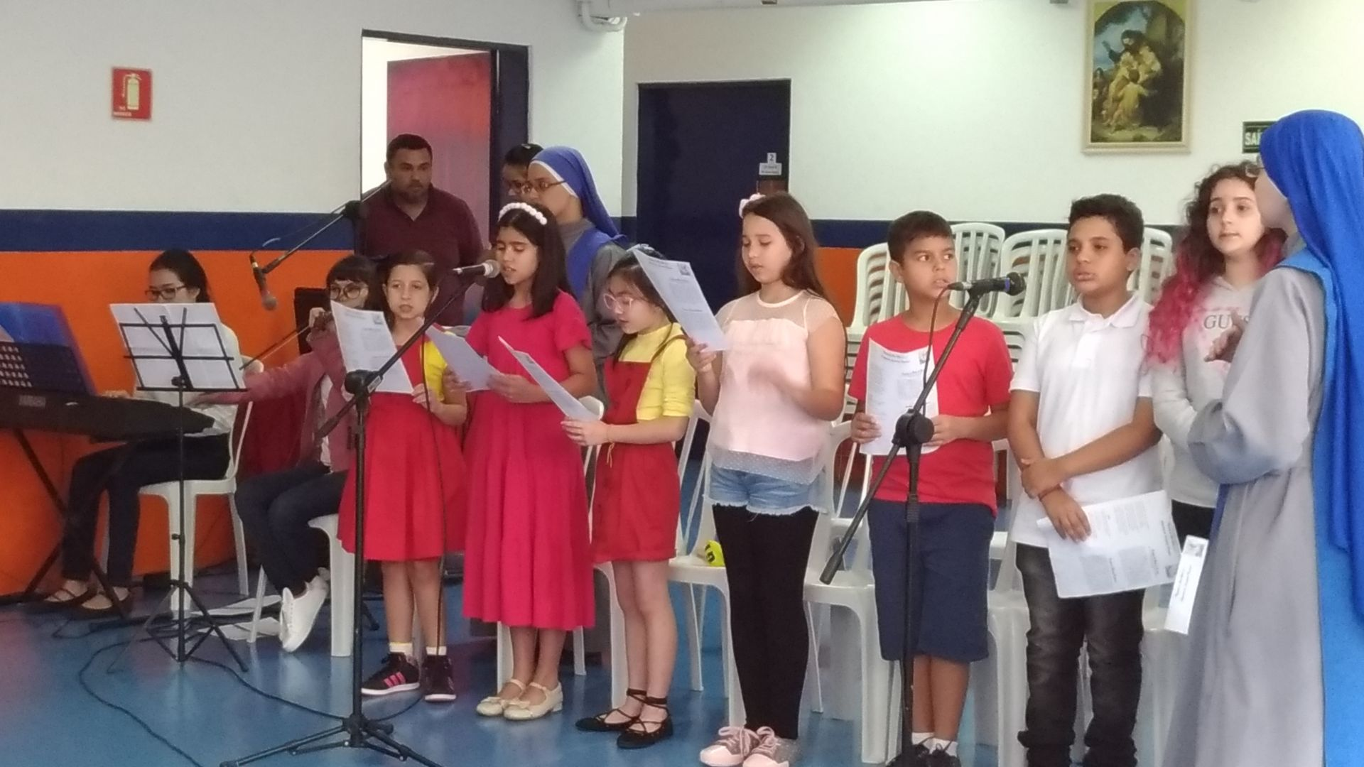 Santa Missa presidida pelo Diretor Revmo. Padre Marcos Sulivan
