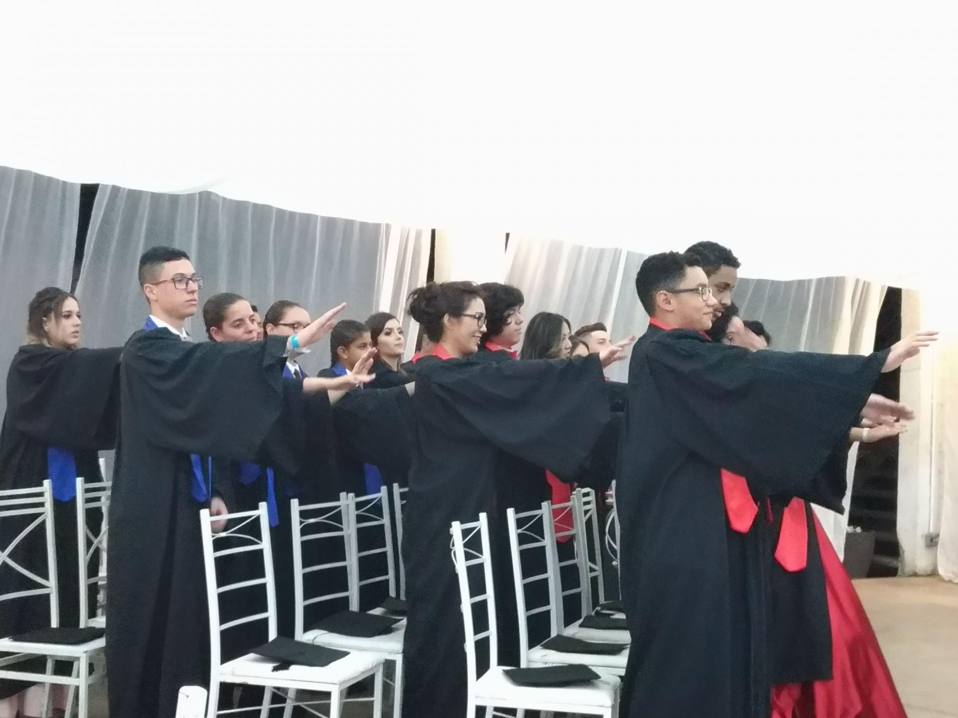 Formandos do 9ª série do Ensino Fundamental II e 3ª série do Ensino Médio