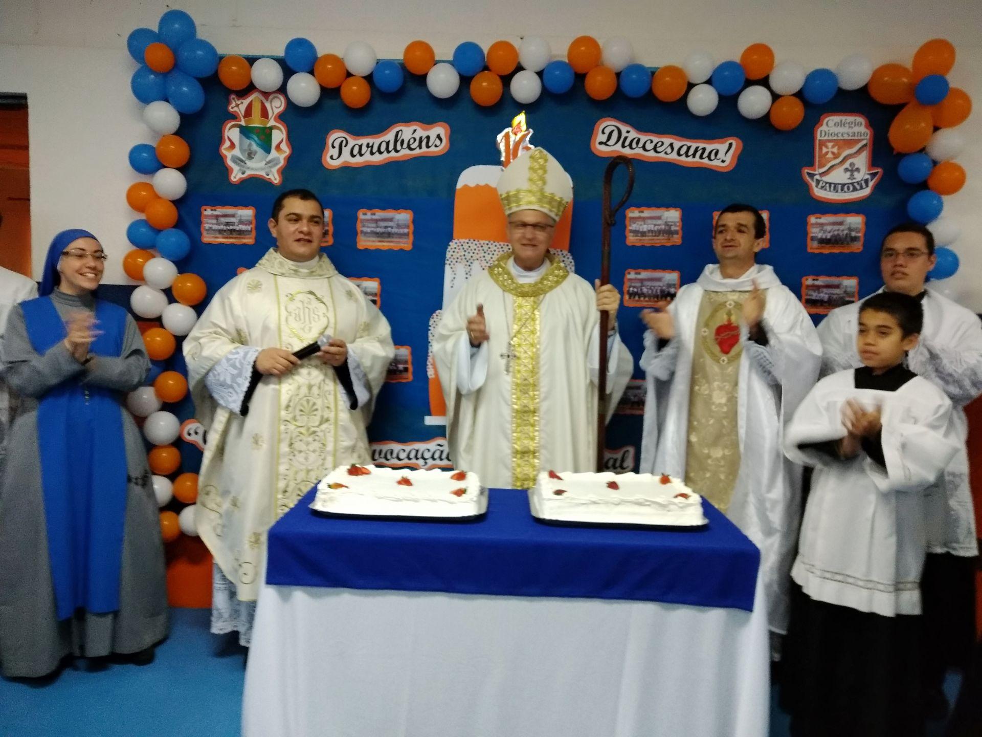 Solene Missa em Ação de Graças pelos 16 anos do Colégio Diocesano